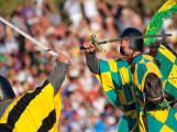 Un'immagine della tenzone tra i cavalieri dei quattro rioni prima dell'inizio delle gare vere e proprie, foto: Domenico Semeraro