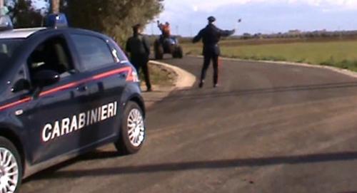 carabinieri caporalato posto di blocco campagna