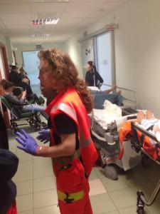 pronto soccorso francavilla 1 pazienti in corridoio