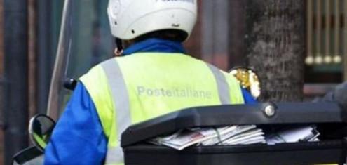 poste-postino-consegna-posta
