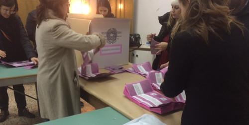 elezioni seggio referendum scrutatori presidente