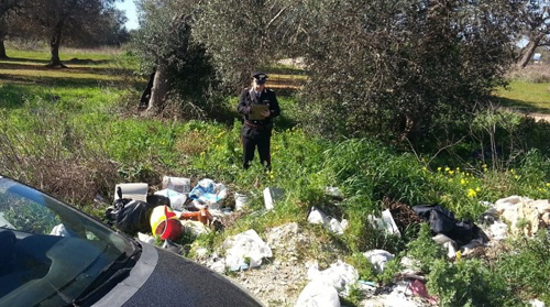 discarica inquinamento ambientale carabinieri discarica abusiva