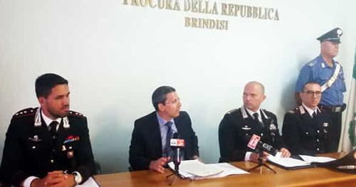Raffaele casto sostituto procuratore anziano reggente la procura di brindisi illustra i - Mangiare e andare subito in bagno ...