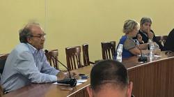 L'ex sindaco Cosimo Pomarico durante il suo intervento