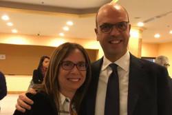 Carmela Lopalco con Angelino Alfano
