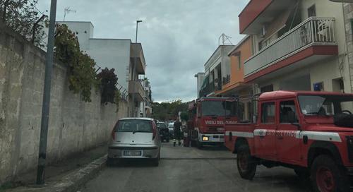vigili del fuoco incendio casa 1